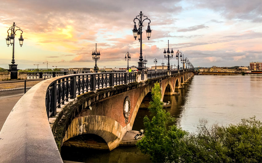 Pont de Pierre in Bordeaux