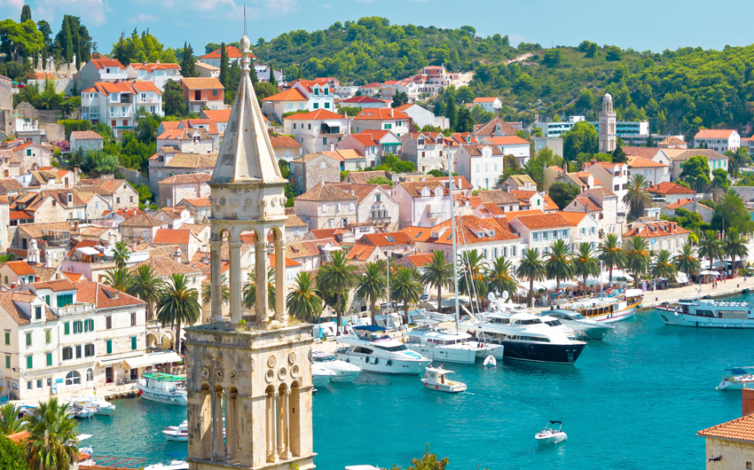 ENCHANTING ISLANDS & MAJESTIC SHORES OF CROATIA